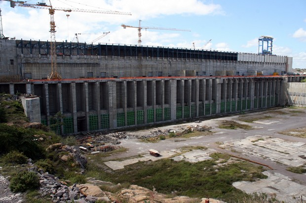 Desembolsos y deudas de una Tocoma paralizada duplican inversión de construcción de Caruachi