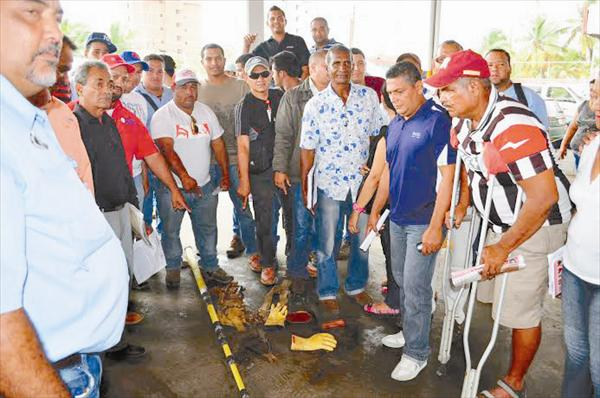 No cuentan con los implementos necesarios de seguridad  Trabajadores de Corpoelec en peligro