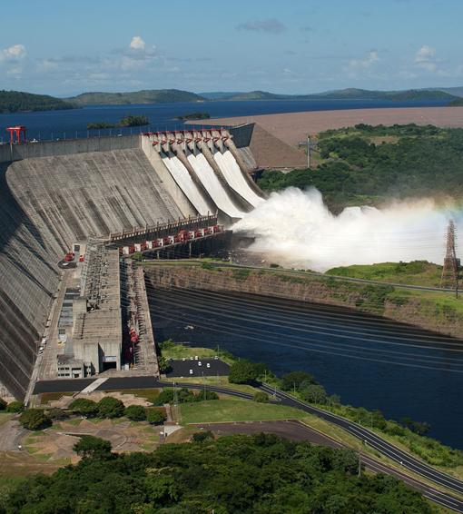 Guri recibe el fin de las lluvias 64,8 % lleno