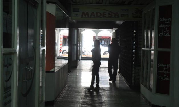 Más de ocho horas sin luz estuvieron sectores de Boquerón