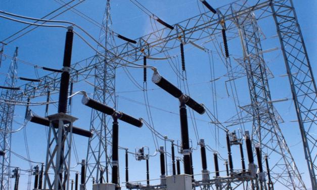 Constantes fallas en el servicio eléctrico afectan electrodomésticos