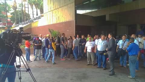 Trabajadores de Corpoelec protestaron para exigir pago de contratación colectiva