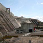 Denuncian irregularidades por $24,7 millardos en contrataciones eléctricas